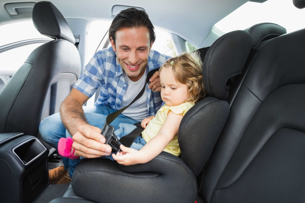 "New share ""Rent a car and get A CHILD CARSEAT AS A GIFT"""